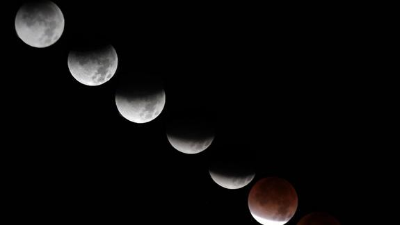 Why Wednesday's Full Moon Eclipse Won't Cause Madness