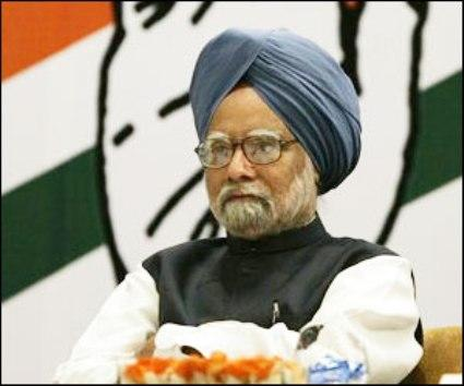 Modi phobia: Congress cancels Manmohan Singh rally in Delhi