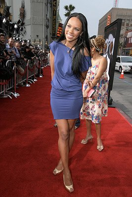 Kiely Williams at the Los Angeles premiere of DreamWorks Pictures' Disturbia