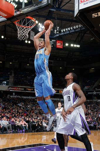 McGee scores 19, Nuggets beat Kings 122-97