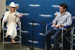 Lady Gaga Reveals 'ARTPOP' App Details in 'Town Hall' Q&A