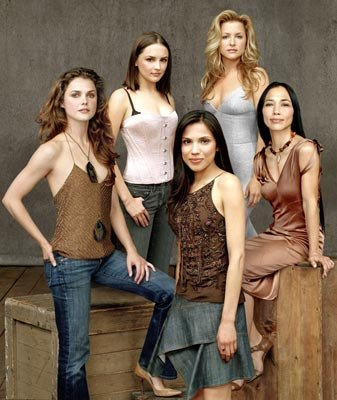 Keri Russell, Rachael Leigh Cook, Tonantzin Carmelo, Jessica Capshaw and Irene Bedard