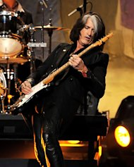 Joe Perry: Aerosmith Will Perform on 'American Idol' Season Finale