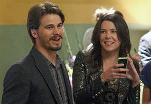 Jason Ritter and Lauren Graham have eyes for each other on &quot;Parenthood&quot; (Trae Patton/NBC)