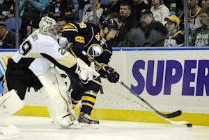 Crosby leads Penguins to 5-1 win over Sabres