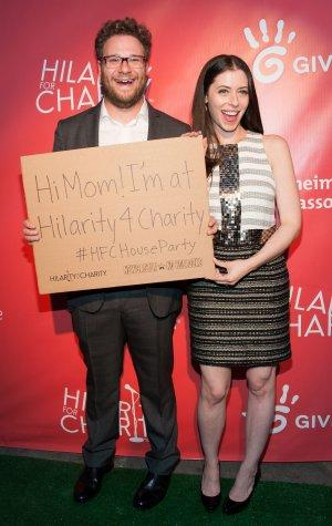 Seth Rogen Raises $400,000-Plus for Alzheimer's at Star-Packed Event
