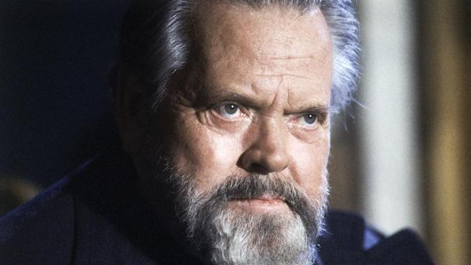 "FILE - This Feb. 22, 1982 file photo shows actor and movie director Orson Welles during a press conference in Paris. Welles's last film may finally be nearing release after decades as one of cinema's most storied unfinished creations. The New York Times reported Wednesday, Oct. 29, 2014, that a Los Angeles-based production company, Royal Road Entertainment, has agreed to buy the rights to Welles' largely unseen ""The Other Side of the Wind."" (AP Photo/Jacques Langevin, File)"