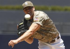 Richard pitches Padres to 7-1 win over Giants