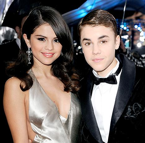 Selena Gomez Reunites With Justin Bieber in Snapchat Video