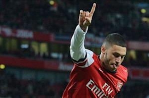Arsenal 2-0 Crystal Palace: Oxlade-Chamberlain double sends Gunners top