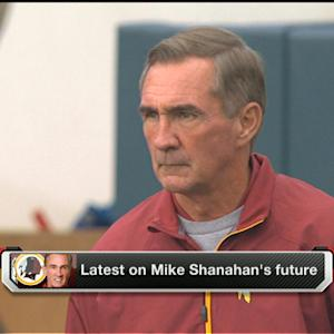 Washington Redskins coach Mike Shanahan leaving quarterback Robert Griffin III in the dark