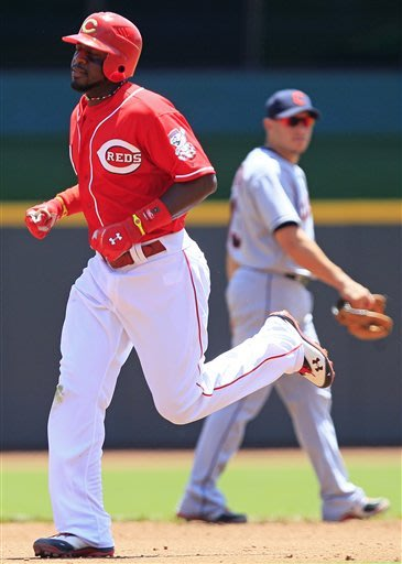 Reds hit 3 HRs in 12-5 win for sweep of Indians