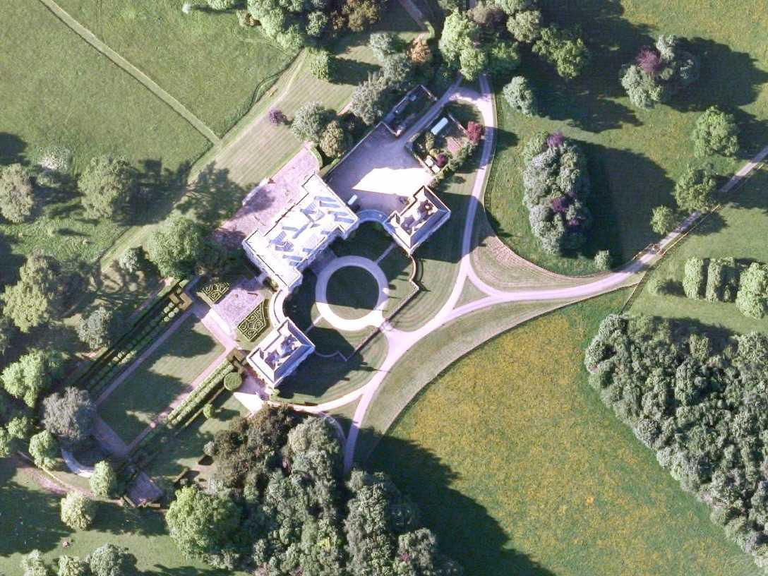 Apple and Google met with spy chiefs at an 18th-century mansion in England to secretly discuss government surveillance