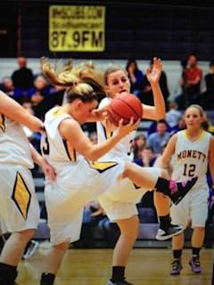 The Monett girls basketball team, which was reportedly victim of a urine prank — BeRecruited