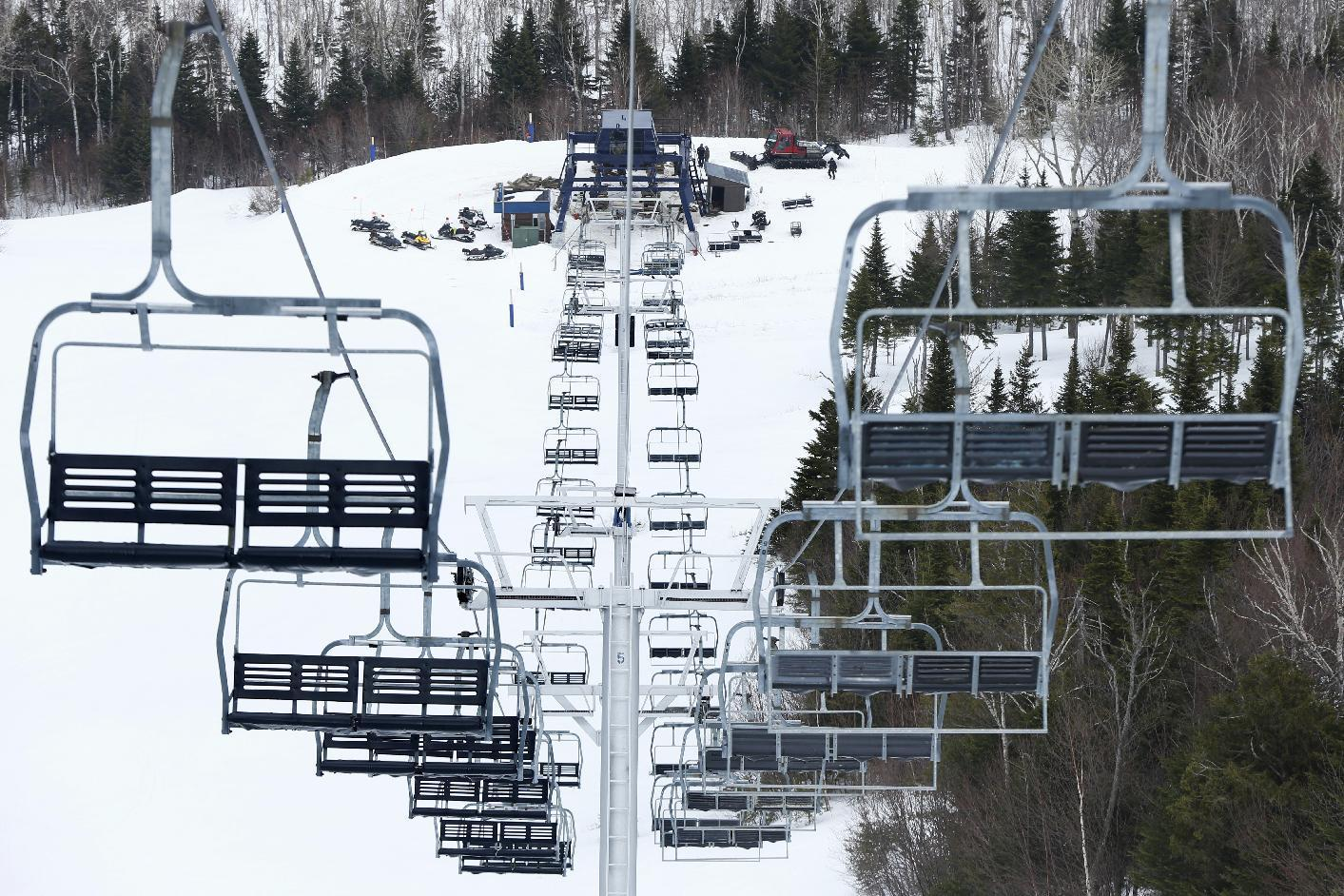 Maine ski resort focuses on safety after chairlift accidents