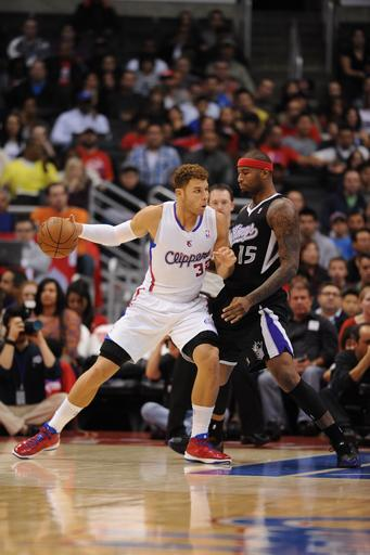 Clippers manhandle Kings 116-81