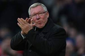 Ferguson: Young is fit to face Everton
