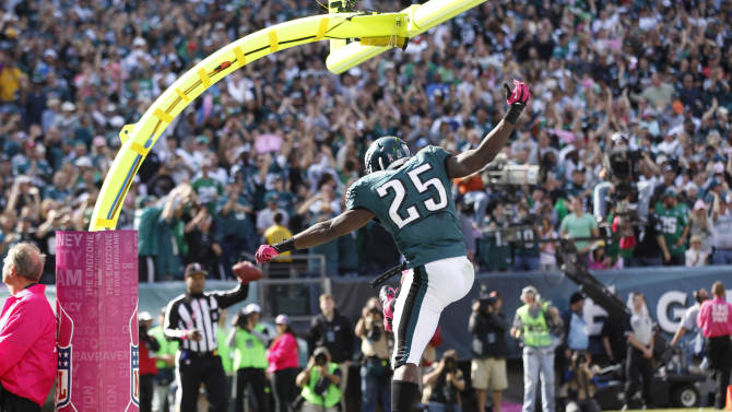 Philadelphia Eagles running back LeSean McCoy (25) reacts after scoring on a touchdown run during the first half an NFL football game against the Detroit Lions, Sunday, Oct. 14, 2012, in Philadelphia. (AP Photo/Mel Evans)