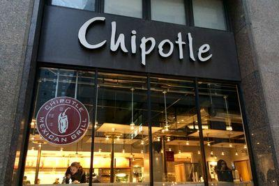 Chipotle will stop serving GMO foods — despite zero evidence they're harmful to eat