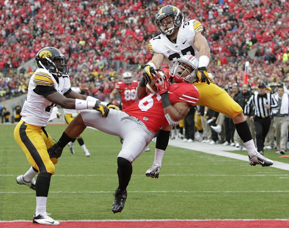 No. 4 Ohio State comes back to beat Iowa, 34-24