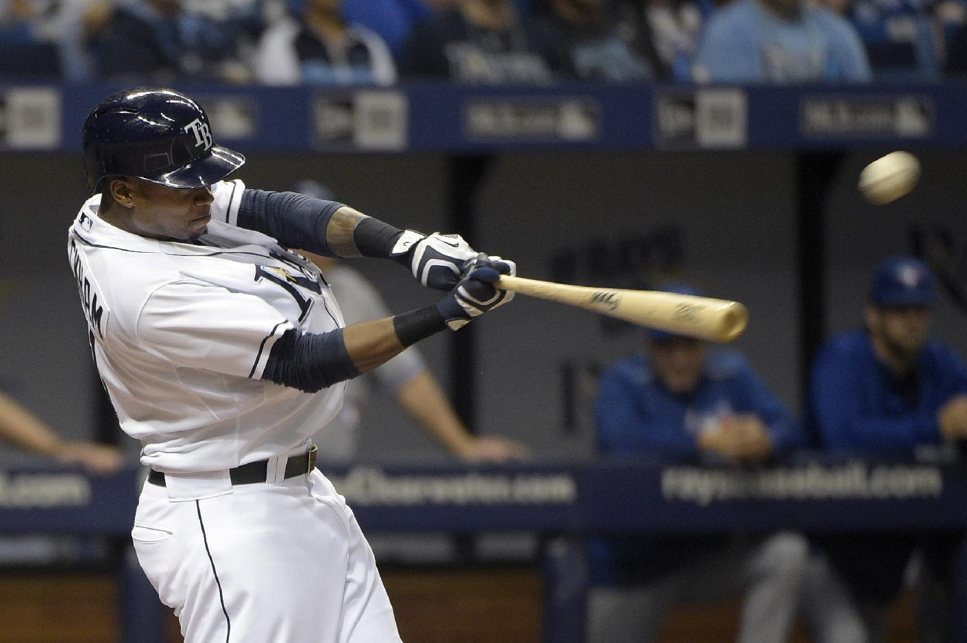 Beckham breaks tie in 8th inning, Rays beat Blue Jays 4-2