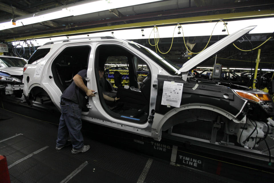 US auto factories cutting back on summer downtime