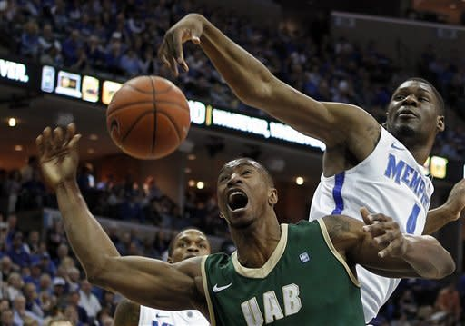No. 25 Memphis tops UAB 86-71 in Conference USA