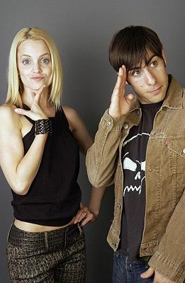 Mena Suvari and Jason Schwartzman