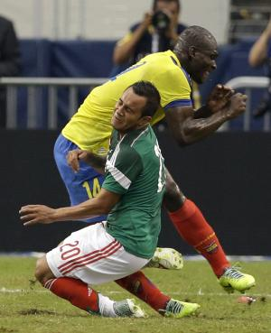 Ecuador: Castillo out for 3 weeks but in WC squad