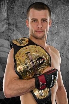 Bellator 95 Results: Pat Curran Makes Quick Work of Shahbulat Shamhalaev to Retain Belt