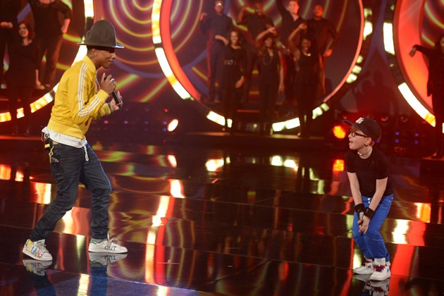 "Als Pharrell Williams ""Happy"" performte, tanzte Leandro spontan mit (Bild: ZDF/ Sascha Baumann)"