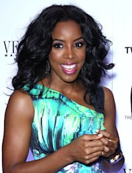Kelly Rowland launches auditions for male singers
