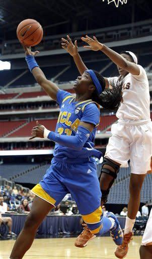 No. 17 UCLA women knock off No. 12 Texas 62-42