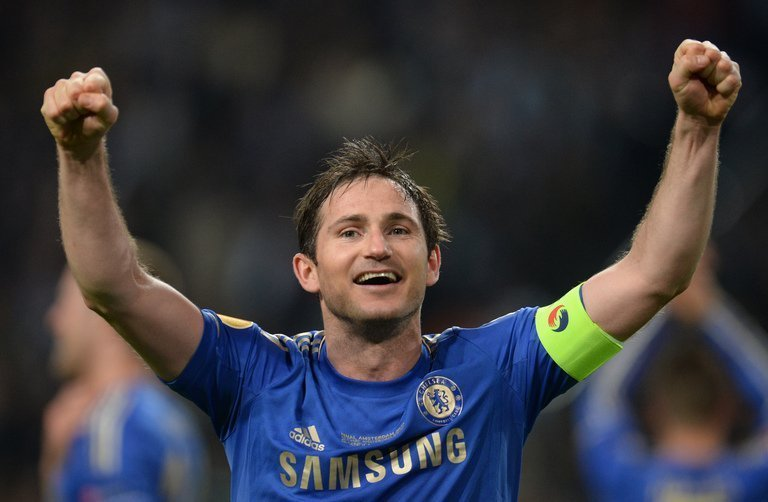 Frank Lampard celebrates after Chelsea won the UEFA Europa League final against Benfica in Amsterdam, on May 15, 2013