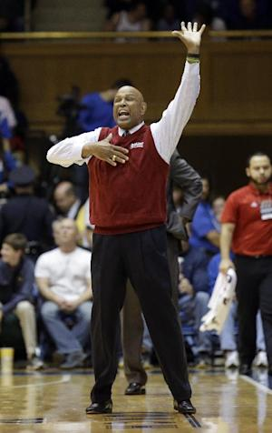 Florida Atlantic coach Mike Jarvis to resign