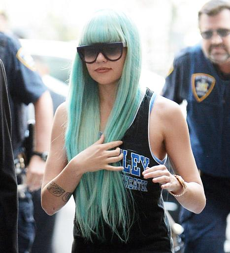 Amanda Bynes' Psychiatric Hold Extended for 30 Days: Report