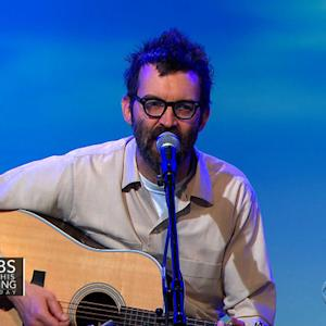 "Eels perform ""Where I'm From"" on Saturday Sessions"