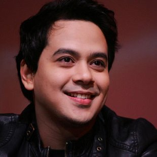 John Lloyd Cruz (Photo by Jerome Ascano/NPPA Images)