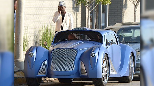 Check Out Will.i.am&#39;s $900K Car!