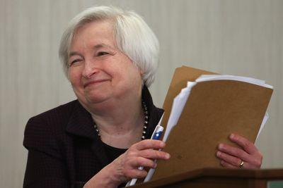 Janet Yellen won't say when interest rates will rise because she doesn't know