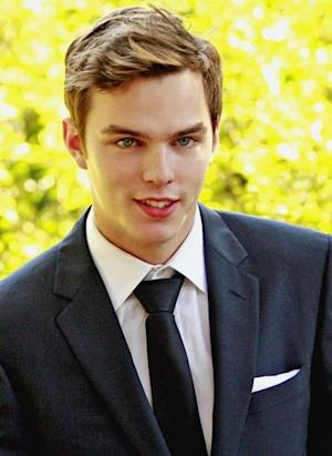 Nicholas Hoult in 'Warm Bodies' and Other Hotties in Upcoming Paranormal Romance Movies