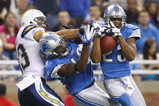 Lions rout Chargers 38-10 to clinch playoff spot