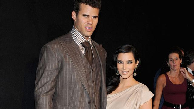 Kim Kardashian Settles Divorce with Kris Humphries