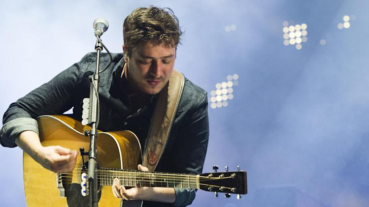 Mumford & Sons band member Marcus Mumford performs on Wednesday, Aug. 28, 2013 at the West Side Tennis Club in the Forest Hills neighborhood of the Queens borough of New York. (Photo by Charles Sykes/Invision/AP)