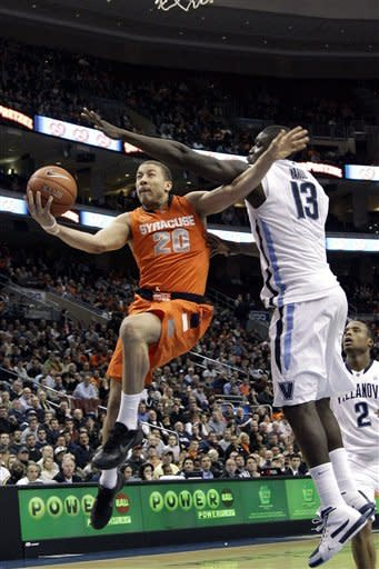 No. 1 Syracuse tops 'Nova 79-66 to move to 18-0