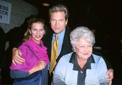 Jeff Bridges with his wife and mother at the Mann National Theater premiere of Dreamworks' The Contender