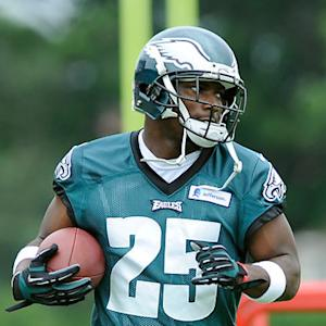 Philadelphia Eagles running back LeSean McCoy getting competitive at training camp