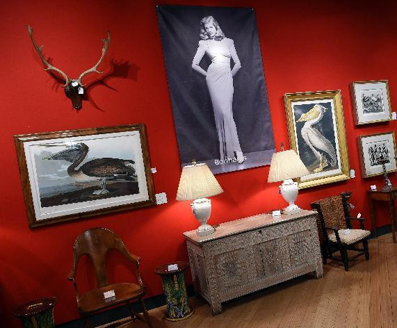 Hollywood icon Bacall's belongings lure bidders