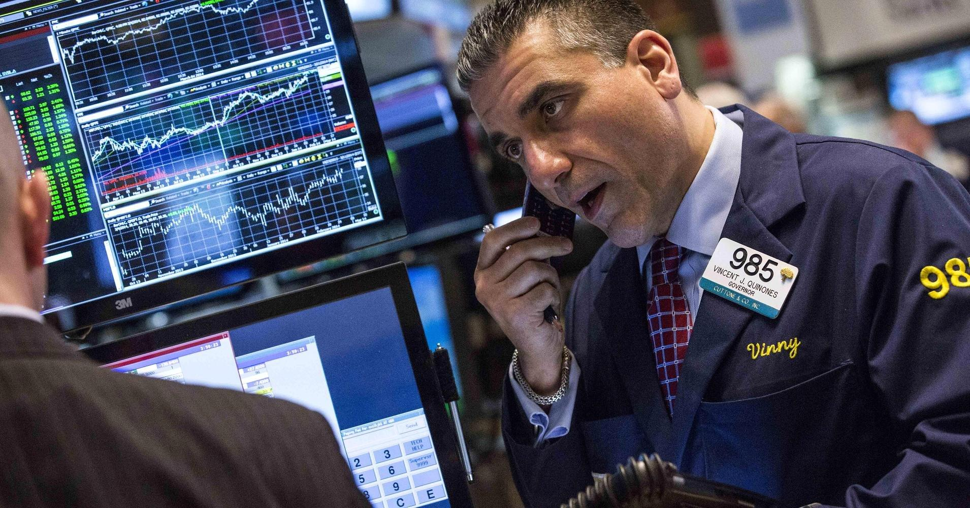 Early movers: DTV, WMT, UPS, GSK, SNE & more