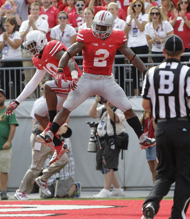 Guiton to the rescue for No. 3 Ohio State, 42-7